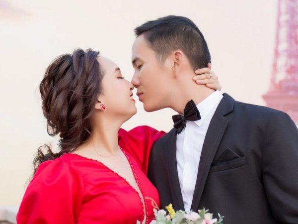 MC Cát Tường chúc mừng cặp đôi 'Hẹn Ăn Trưa' đầu tiên kết hôn