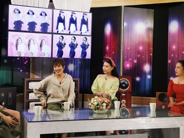 Dàn hot mom Thanh Trần, Ngọc Mai phản ứng ra sao nếu biết chồng vẫn theo dõi Facebook người yêu cũ?